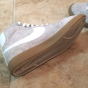 super popular 76ada 153cf Nike Shoes - Nike Blazer Mid